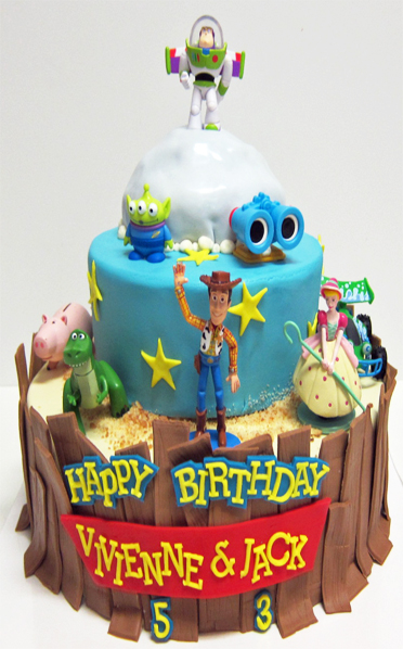 Toys For Your Birthday : Toy story birthday cake scrumptions