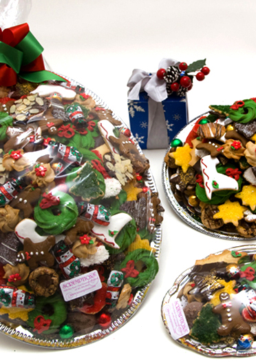 Christmas Cookie Trays | Scrumptions