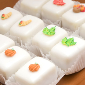 Thanksgiving Petit Four Glace