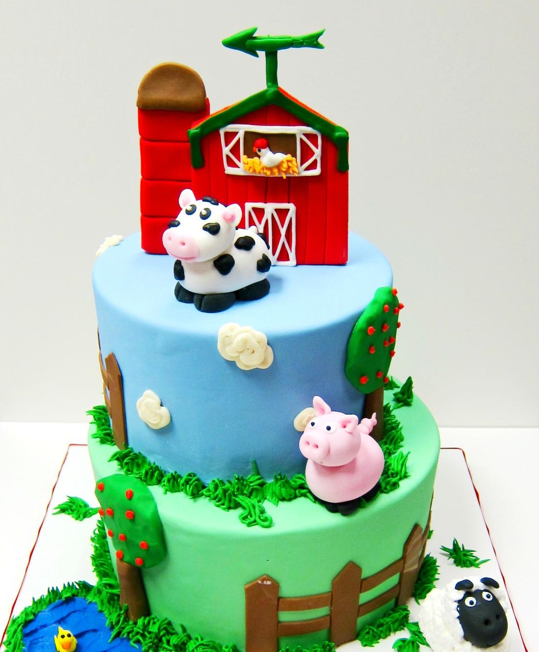 Barn Themed Cake Scrumptions