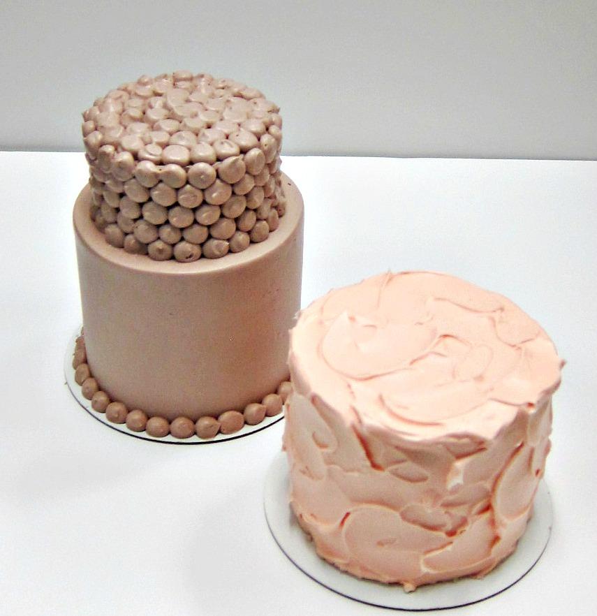 Mini Wedding Cakes Scrumptions