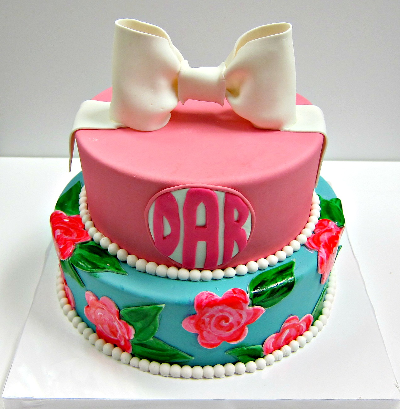 Lilly Pulitzer Cake Scrumptions