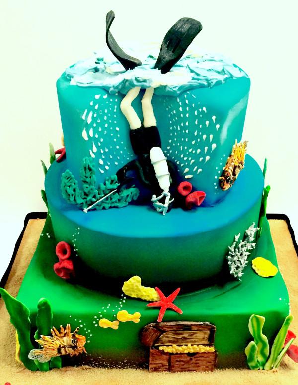 Scuba Diver Cake Design
